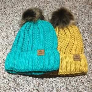 Page one pack of 2 hat